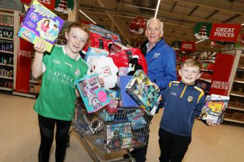 Local clubs dash to help St Vincent de Paul 'Christmas Family Appeal'